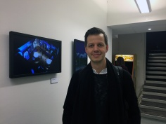 Sebastian Eriksson på Gone North Games. Han har en bakgrund som skribent på samma sajt som bokens författare Martin Lindell samt flera andra personer som senare gjorde karriär inom spelbranschen.