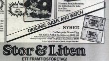 """Annons från julen 1982. Notera att Stor & Liten berättade med liten text att de säljer """"icke original Game & Watch fickspel"""".Roligt nog så är spelet i annonsen upp-och-ner. Texten på spelet borde ju avslöjat riktningen för reklambyrån som satte ihop annonsen..."""
