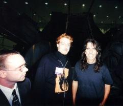 Alice Cooper besökte montern, här tillsammans med Christian Laursen och Jesper Kyd.